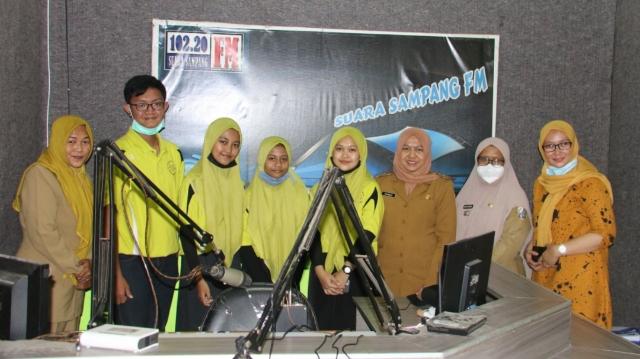 Kunjungi Diskominfo, Forum Anak Sampang Gelar Talkshow di Radio Suara Sampang